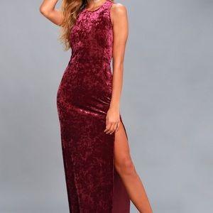 Lulu's Burgundy Velvet Maxi Dress , Medium